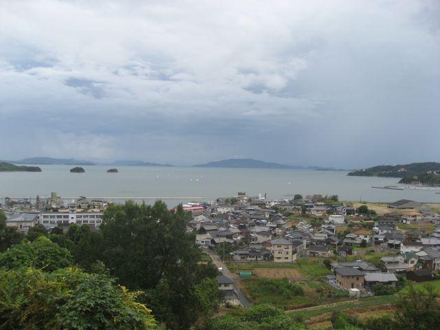 岡山・牛窓町 山から見る牛窓の町と海